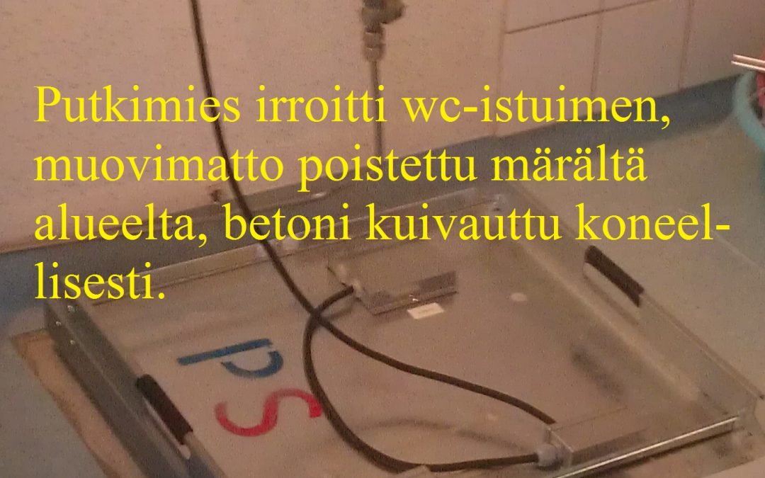 Vesi, kosteusvaurio kylpyhuoneessa